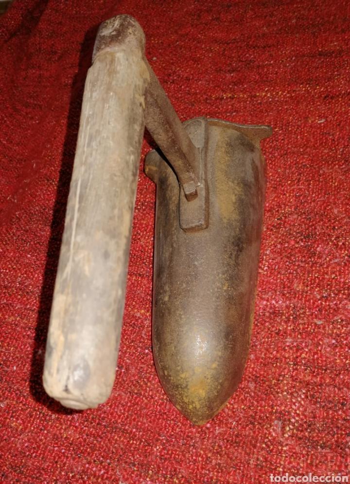 Antigüedades: ANTIGUA PLANCHA DE CARBON. ORIGINAL FORMA. ENVIO CERTIFICADO INCLUIDO. - Foto 4 - 231727115