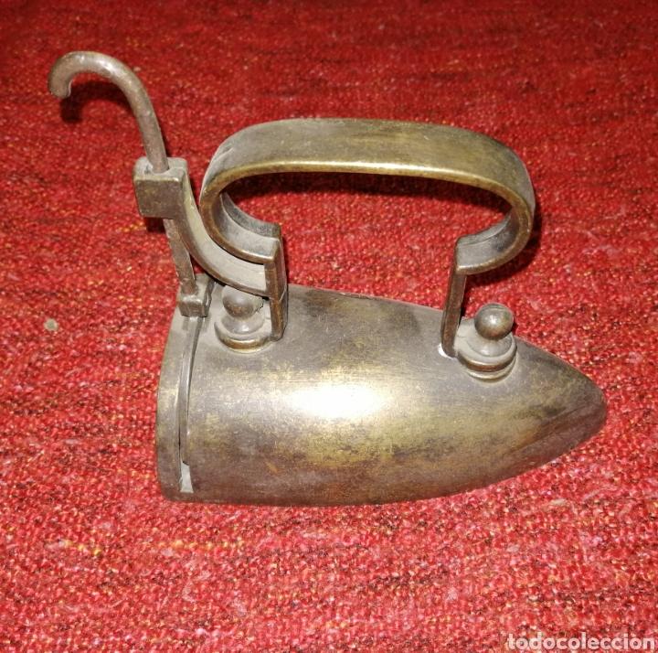 PLANCHA DE CARBON. MUY BONITA. ENVIO CERTIFICADO INCLUIDO. (Antigüedades - Técnicas - Planchas Antiguas - Carbón)