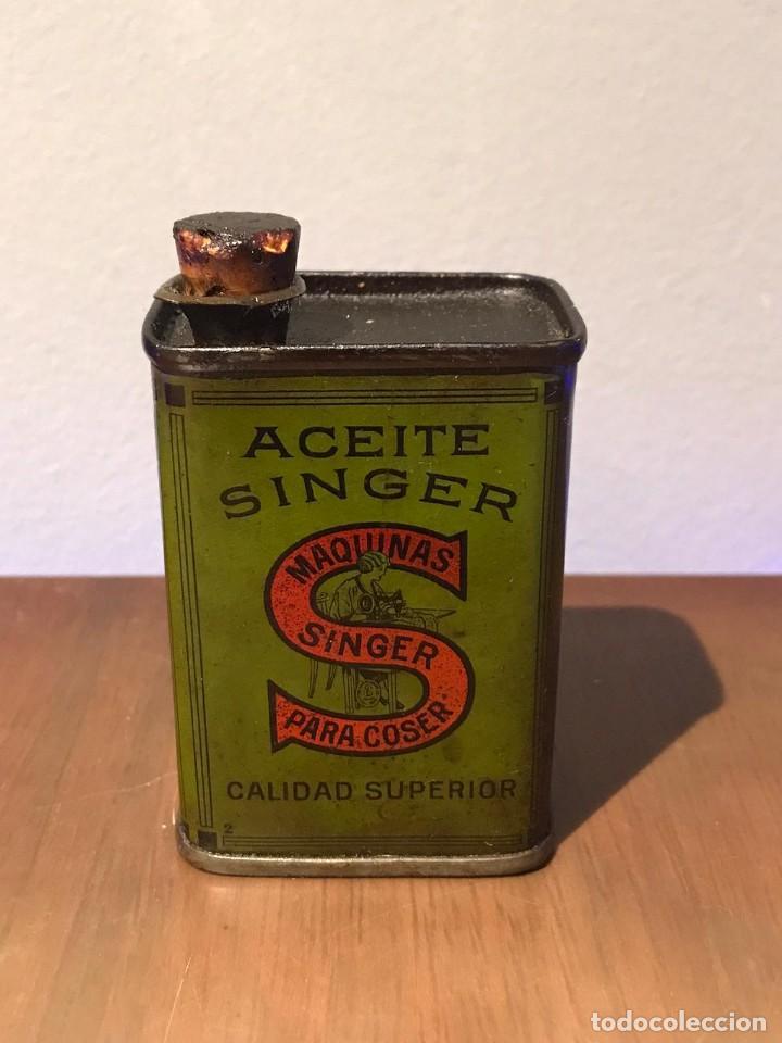 ANTIGUA LATA ACEITE. SINGER. PARA MAQUINAS DE COSER. VACIA. (Antigüedades - Técnicas - Máquinas de Coser Antiguas - Complementos)