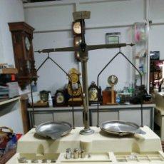 Antiquités: BALANZA DE PRECISIÓN.. Lote 232104905
