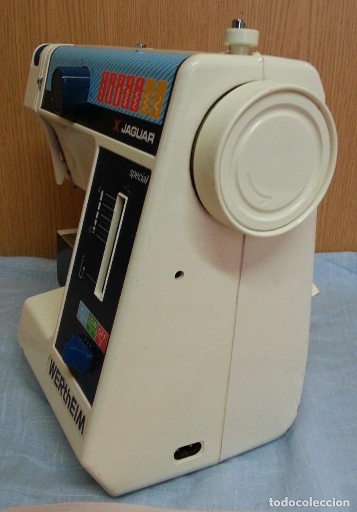 Antigüedades: Máquina de coser Werthein. Años 90. - Foto 8 - 232432965