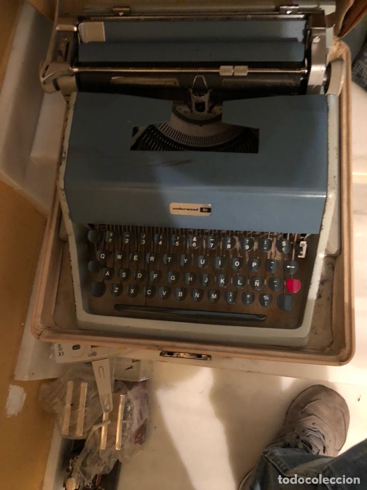 Antigüedades: Lote de 2 máquinas de escribir antiguas - Foto 2 - 232441655