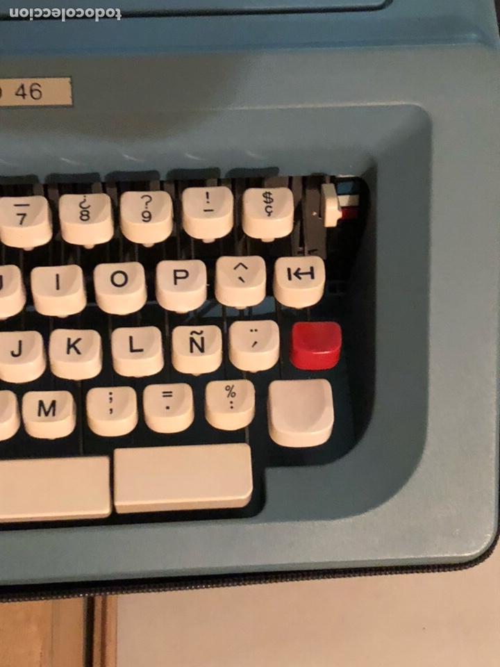 Antigüedades: Lote de 2 máquinas de escribir antiguas - Foto 9 - 232441655