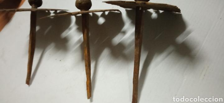 Antigüedades: Lote de 18 clavos del siglo xvi - Foto 5 - 232597535