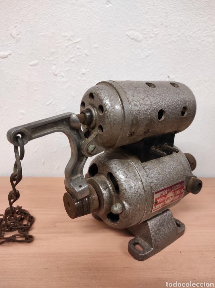 MOTOR MÁQUINA DE COSER (Antigüedades - Técnicas - Máquinas de Coser Antiguas - Otras)