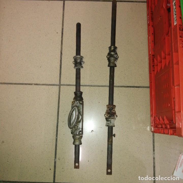 Antigüedades: Cerradura cerrajería tirador pomo UNIÓN DE MONDRAGON hierro para ventana cerrojo manivela FALLEBA - Foto 2 - 232888565