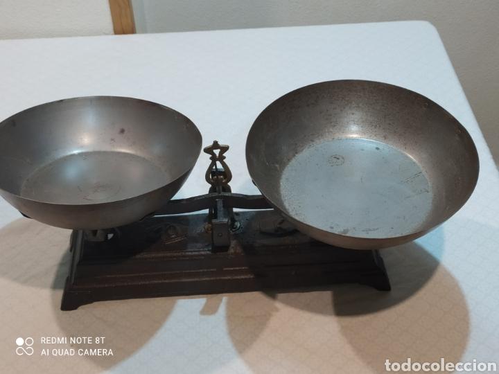 Antigüedades: Muy antigua balanza de 10 kilos con platos muy pesada - Foto 3 - 233043290