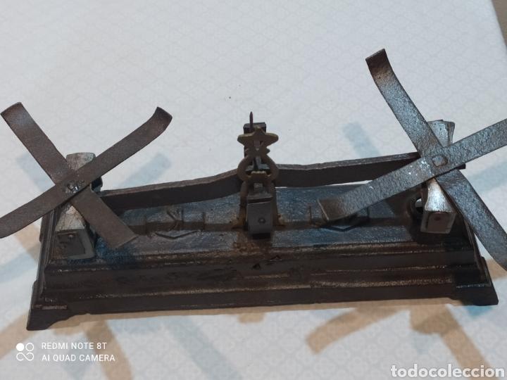 Antigüedades: Muy antigua balanza de 10 kilos con platos muy pesada - Foto 11 - 233043290