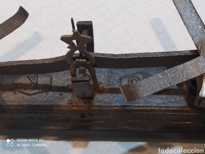 Antigüedades: Muy antigua balanza de 10 kilos con platos muy pesada - Foto 12 - 233043290