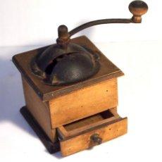 Antigüedades: ANTIGUO MOLINILLO DE CAFE DE MADERA. Lote 233120040