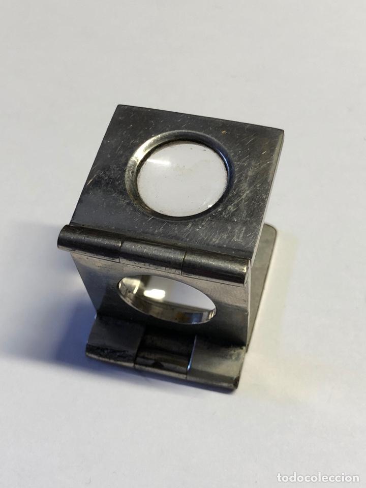 Antigüedades: Lupa cuenta hilos MUY ANTIGUA Y BIEN CONSERVADA,plegable de bolsillo - Foto 2 - 233229930