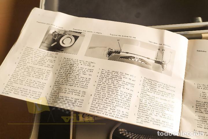 Antigüedades: Maquina de escribir portatil CAPRI - con maletin de transporte original y con llave - Foto 10 - 233255530