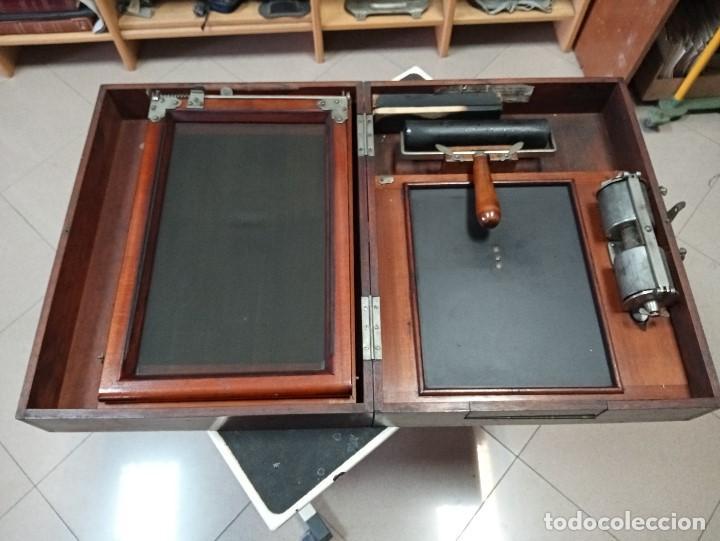 EXCEPCIONAL MULTICOPISTA ANTIGUA EN MADERA CAOBA- BAJADA DE PRECIO (Antigüedades - Técnicas - Máquinas de Escribir Antiguas - Underwood)