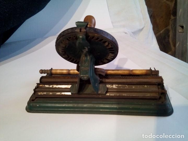 Antigüedades: Máquina de escribir infantil -Bajada de precio - Foto 4 - 233836710