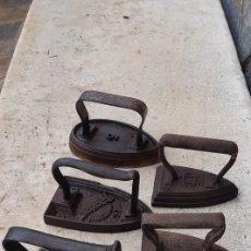 Antiquités: CINCO ANTIGUAS PLANCHAS DIFERENTES PARA COLECCIONISTA. Lote 234003225
