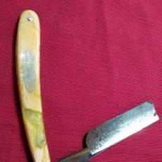 Antiquités: PRECIOSA NAVAJA DE AFEITAR LAS TRES CRUCES. Lote 234122590