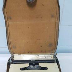 Antigüedades: MÁQUINA DE ESCRIBIR HISPANO OLIVETTI. Lote 234359050