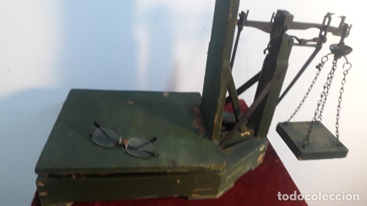 Antigüedades: muy raro peso como los de capazos pero en miniatura - Foto 2 - 234365330