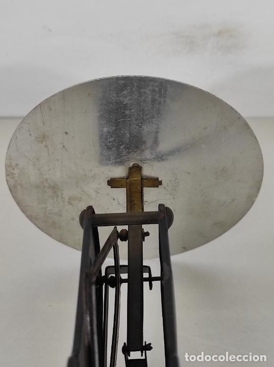 Antigüedades: Antigua Balanza para Cartas - Publicidad Farmacias, Dr Bengué, París - Bascula de Colección - Foto 15 - 234528785