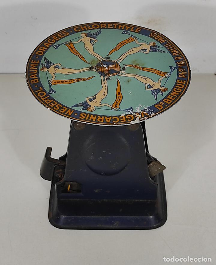 Antigüedades: Antigua Balanza para Cartas - Publicidad Farmacias, Dr Bengué, París - Bascula de Colección - Foto 17 - 234528785
