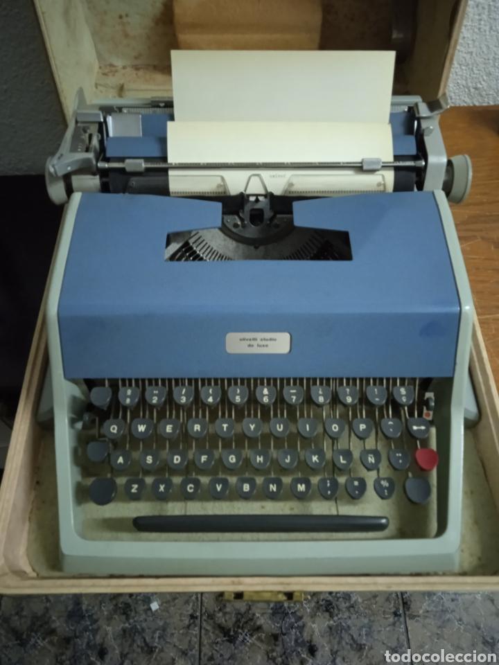 MAQUINA DE ESCRIBIR OLIVETTI STUDIO DE LUXE (Antigüedades - Técnicas - Máquinas de Escribir Antiguas - Olivetti)
