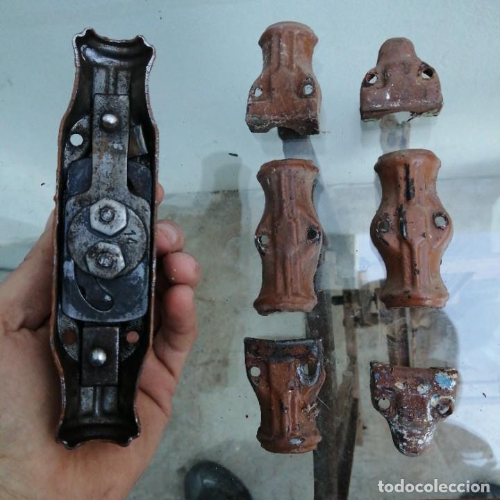 Antigüedades: Cerradura tirador pomo UNIÓN CERRAJERA MONDRAGON hierro bronce para ventana cerrojo manivela FALLEBA - Foto 4 - 234707230