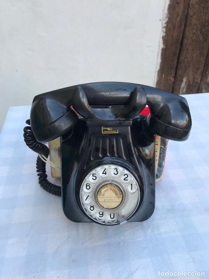 TELÉFONO PARED BAQUELITA NEGRO AÑOS 60 STANDARD ELÉCTRICA CTNE (Antigüedades - Técnicas - Teléfonos Antiguos)