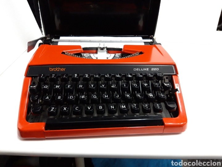 Antigüedades: Maquina de escribir brother DELUXE 220 - Foto 5 - 235259915