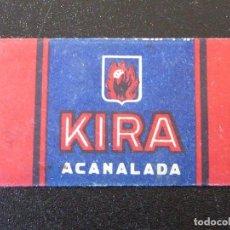 Antigüedades: ANTIGUA CUCHILLA AFEITAR. KIRA ACANALADA. Lote 235299370