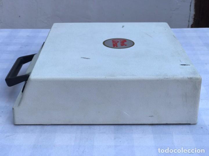 Antigüedades: MAQUINA DE ESCRIBIR OLIMPIA TRAVELLER DE LUXE - Foto 8 - 235383230