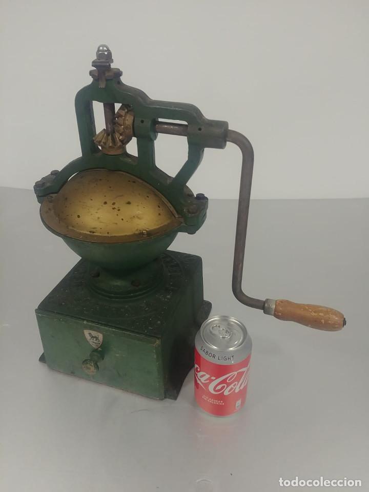 MOLINO CAFÉ PEUGEOT A2 [PEUGEOT A2 COFFE GRINDER] (Antigüedades - Técnicas - Molinillos de Café Antiguos)