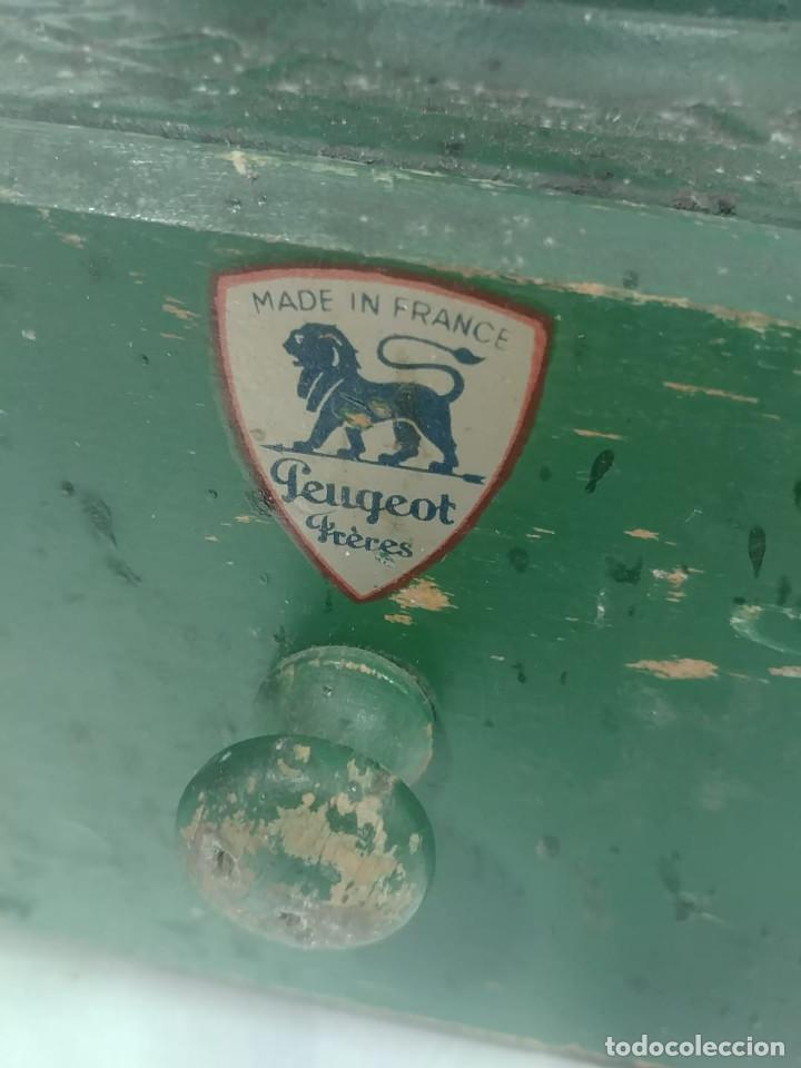 Antigüedades: Molino café Peugeot A2 [Peugeot A2 coffe grinder] - Foto 2 - 235551760