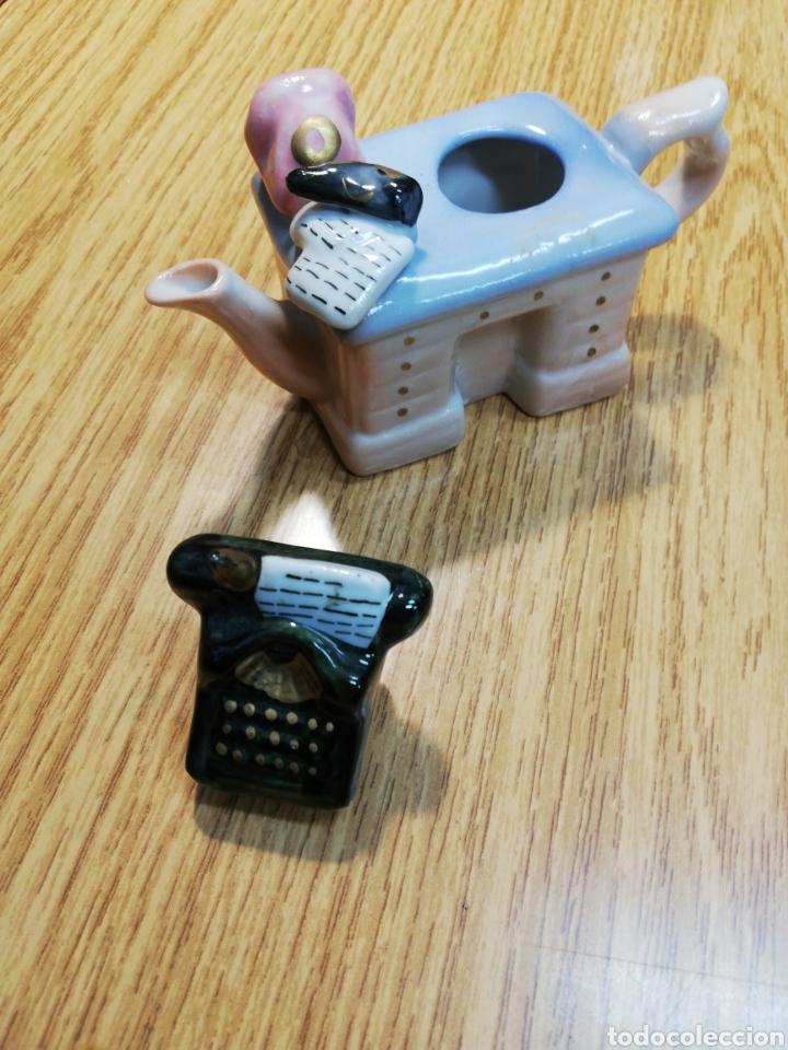 Antigüedades: Bureau de cerámica tetera máquina de escribir. - Foto 2 - 235645225