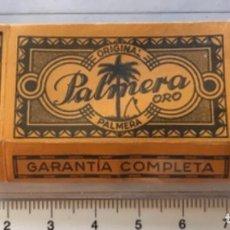 Antigüedades: CA CU 8 CAJA VACÍA Y CUCHILLA DE AFEITAR PALMERA ORO MODELO 8 HOJA. Lote 235701255