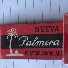 Antigüedades: CA CU 11 CAJA VACÍA Y CUCHILLA DE AFEITAR NUEVA PALMERA PLATINO ACANALADA MODELO 11 HOJA. Lote 235711095