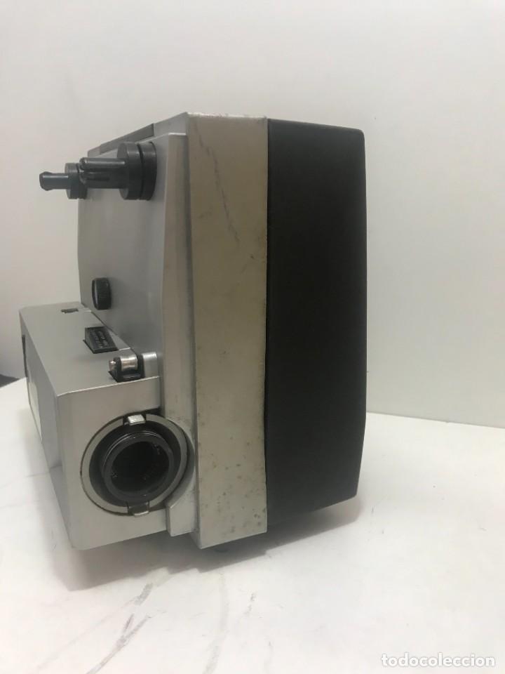 Antigüedades: PROYECTOR DE SUPER 8 SOUND. NO TESTEADO - Foto 2 - 235712185