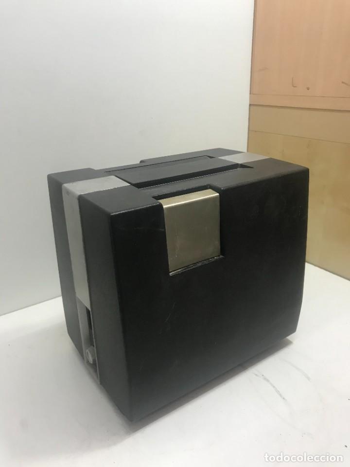 Antigüedades: PROYECTOR DE SUPER 8 SOUND. NO TESTEADO - Foto 8 - 235712185