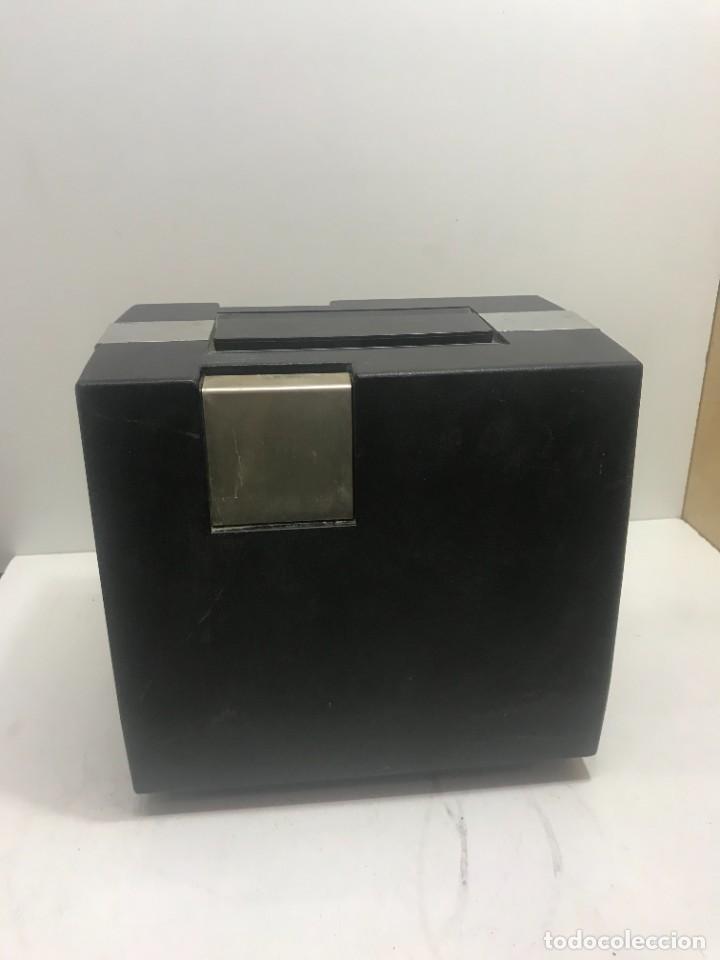 Antigüedades: PROYECTOR DE SUPER 8 SOUND. NO TESTEADO - Foto 9 - 235712185