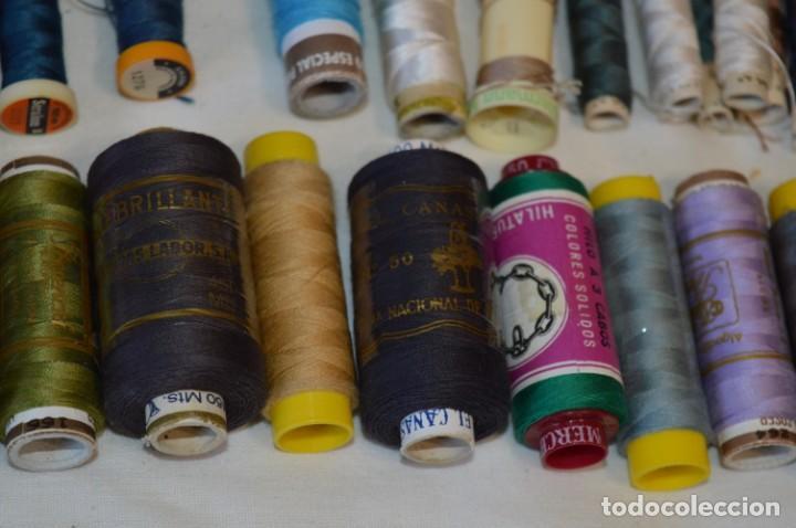 Antigüedades: Antiguas / Vintage - Lote BOBINAS de HILO variadas / Para coser, bordar, ojalar y otras ¡Mira fotos! - Foto 10 - 235933315