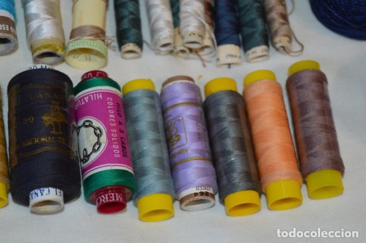Antigüedades: Antiguas / Vintage - Lote BOBINAS de HILO variadas / Para coser, bordar, ojalar y otras ¡Mira fotos! - Foto 11 - 235933315