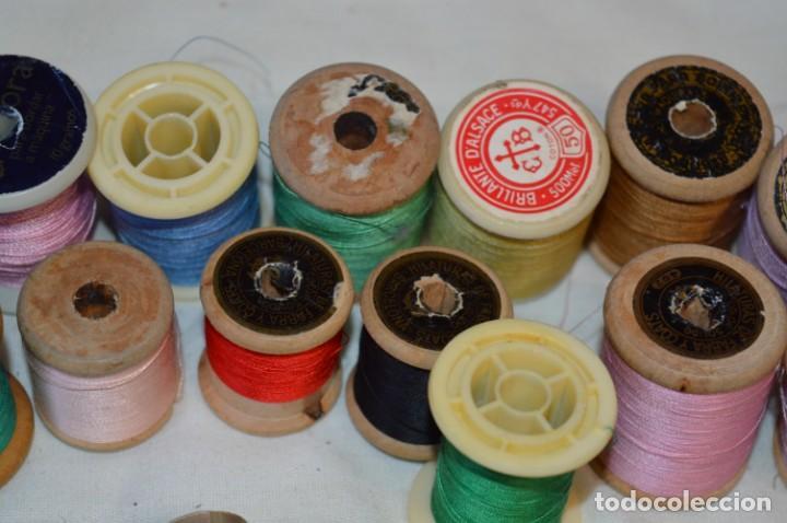 Antigüedades: Antiguas / Vintage - Lote BOBINAS de HILO variadas / Para coser, bordar, ojalar y otras ¡Mira fotos! - Foto 15 - 235933315