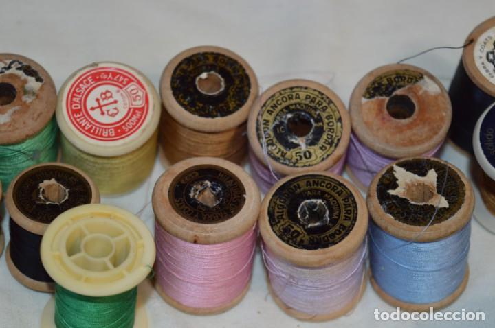 Antigüedades: Antiguas / Vintage - Lote BOBINAS de HILO variadas / Para coser, bordar, ojalar y otras ¡Mira fotos! - Foto 16 - 235933315