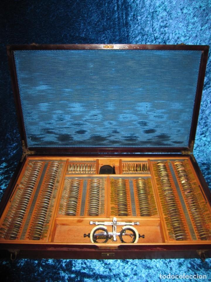 MALETÍN 231 LENTES OPTOMETRÍA OPTOMETRISTA ÓPTICA CIRCA 1900 CLAUSOLLES MADRID + PUBLICIDAD 1901 (Antigüedades - Técnicas - Otros Instrumentos Ópticos Antiguos)