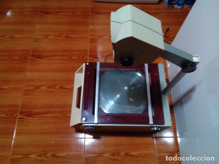 Antigüedades: ANTIGUO PROYECTOR DE ESCUELA - Foto 3 - 236060320