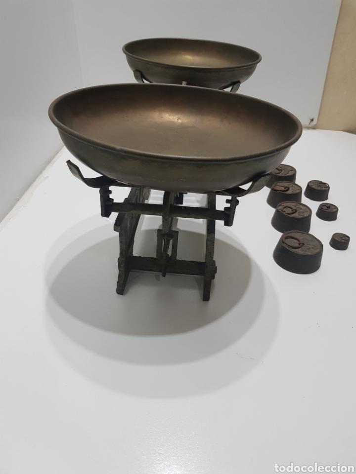 Antigüedades: ANTIGUA BALANZA DE ULTRAMARINOS CON PESAS - Foto 6 - 236097620