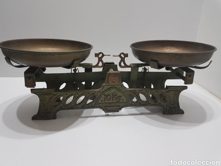 Antigüedades: ANTIGUA BALANZA DE ULTRAMARINOS CON PESAS - Foto 8 - 236097620