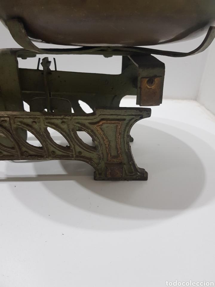 Antigüedades: ANTIGUA BALANZA DE ULTRAMARINOS CON PESAS - Foto 12 - 236097620