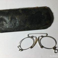 Antigüedades: GAFAS ANTIGUAS CON FUNDA , SIGLO XIX . SIN CRISTALES .. Lote 236180060