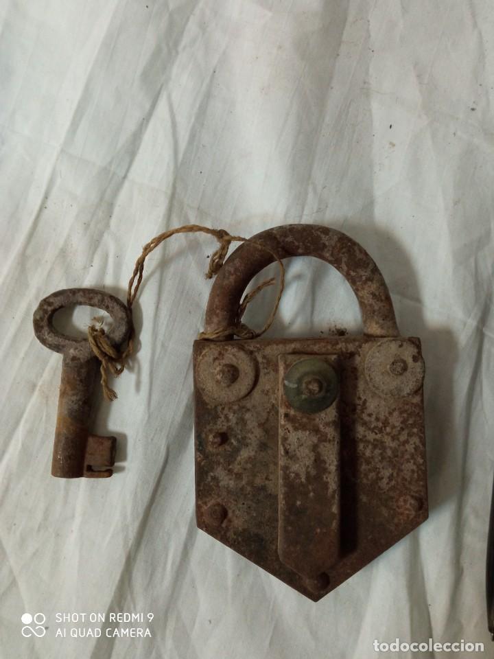 CANDADO ANTIGUO (Antigüedades - Técnicas - Cerrajería y Forja - Candados Antiguos)