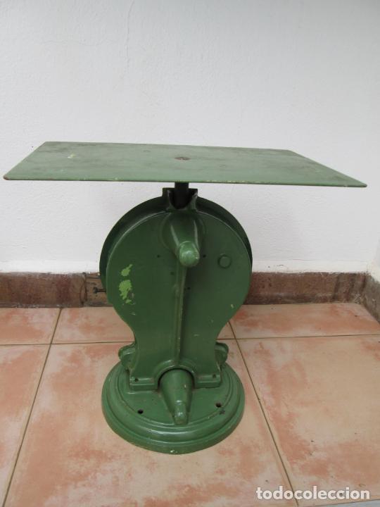 Antigüedades: Antigua Bascula SALTER No. 50P - Foto 2 - 236399195